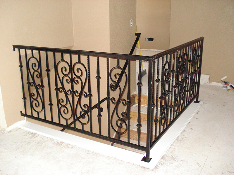 iron-balusters-and-railings-14.jpg