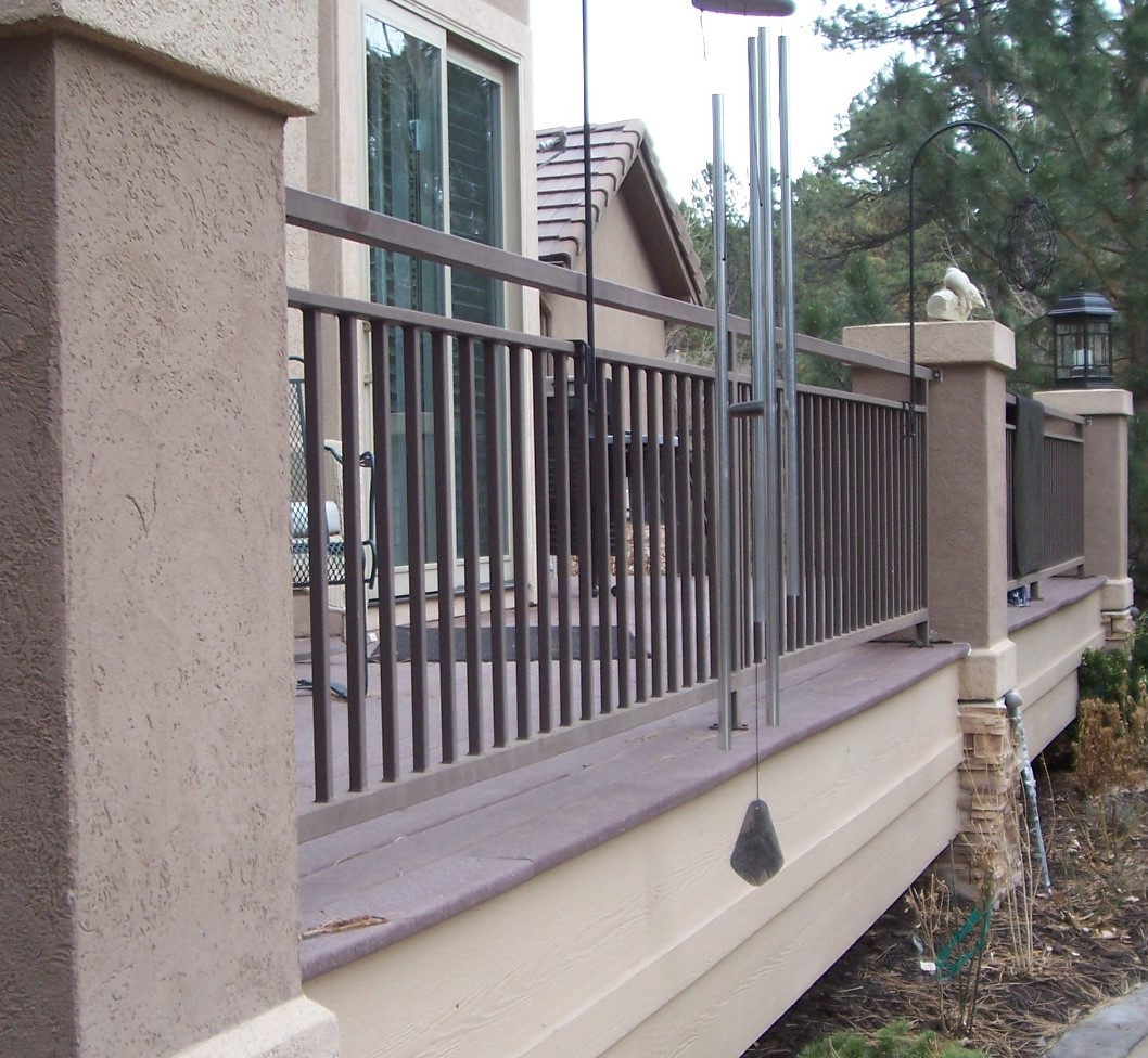 deck-rail-with-1x2-cap2